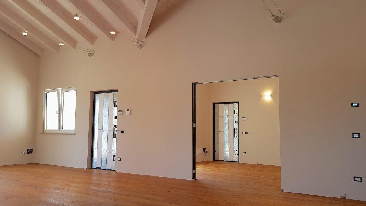 Interni Case Prefabbricate In Legno case prefabbricate e le porte in legno che rispettano l