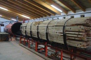 Trattamento ville prefabbricate in legno in autoclave